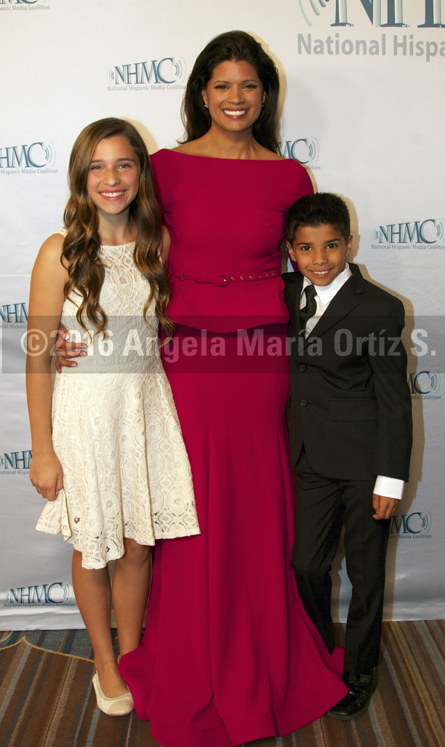 Andrea Navedo and her kids