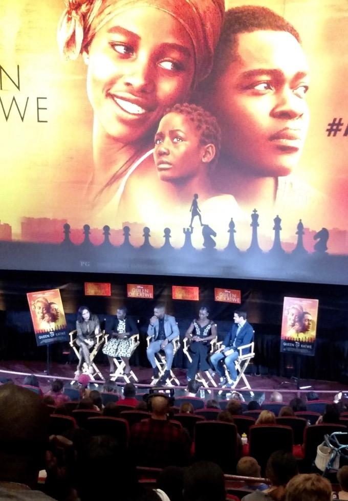 Queen Of Katwe, Lupita Nyong'o, David Oyelowo, Madina Nalwanga, Mira Nair, The Dark Horse, Angela Ortiz, Se Fija Online, ©2016 Angela María Ortíz S.