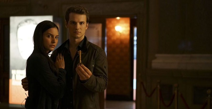 Genesis Rodriguez, Freddie Stroma, Time After Time